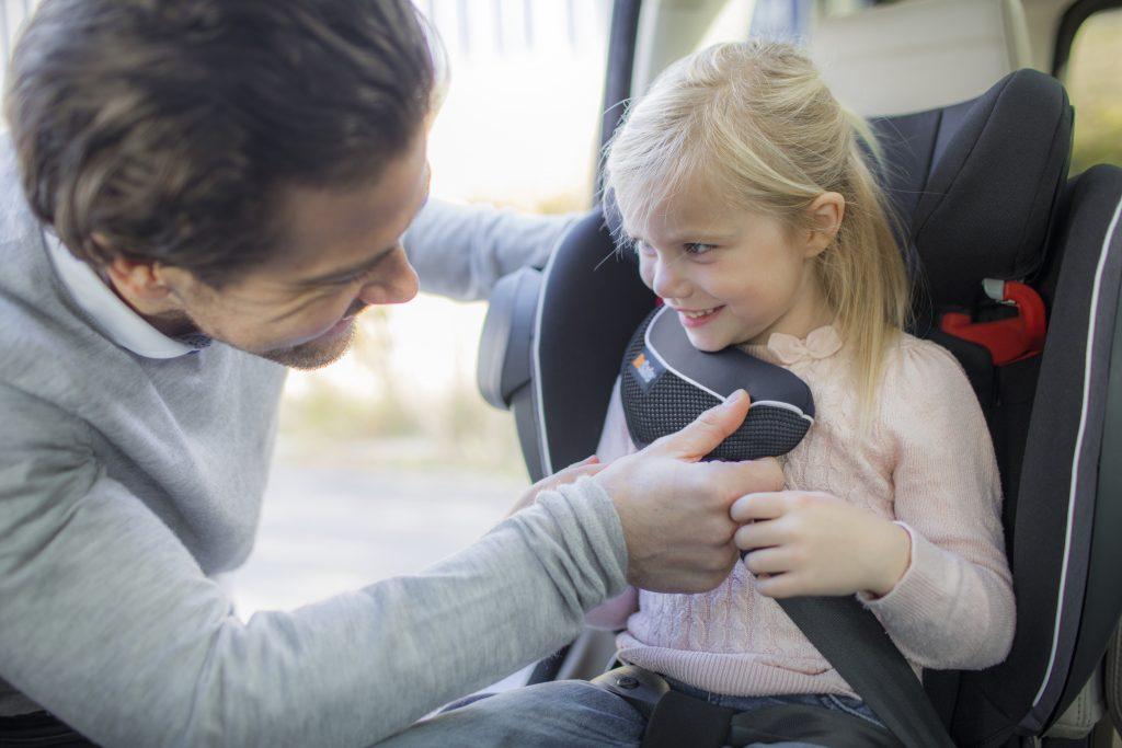 Dziecko w Besafe izi Flex
