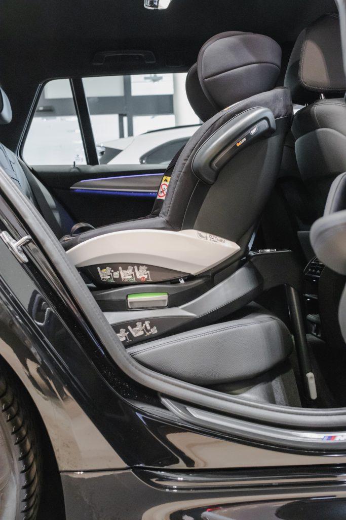BeSafe izi Twist B w BMW 5